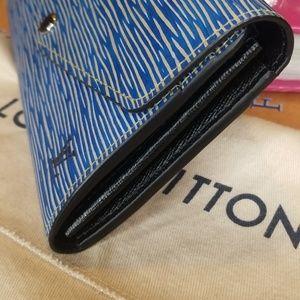 Louis Vuitton Bags - ADDTL PICS OF LV EPI SARAH WALLET